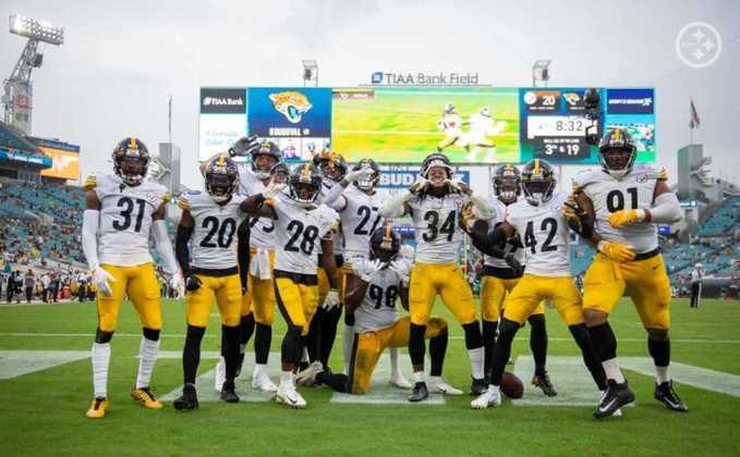 1º Pittsburgh Steelers - Campanha 100% após 11 semanas e a confiança nas alturas. A franquia parece imparável no momento.