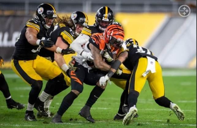 1° Pittsburgh Steelers - O massacre frente aos Bengals manteve o time invicto e tirou a desconfiança após sofrer contra os Cowboys.