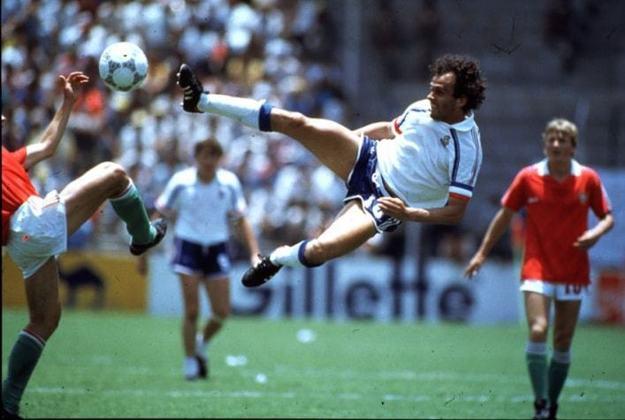 1º - Platini- França - 9 gols em 5 jogos