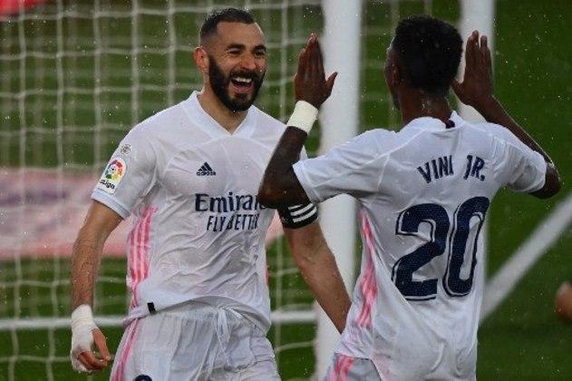 1º - Primeiro colocado da lista, o Real Madrid também enfrentou uma queda no valor de sua marca. Os 1,276 bilhões, 10,1% a menos que 2020, deixam os merengues no topo.