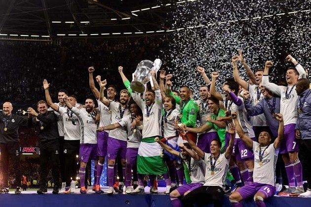 1º: Real Madrid - 528 pontos - 266 jogos