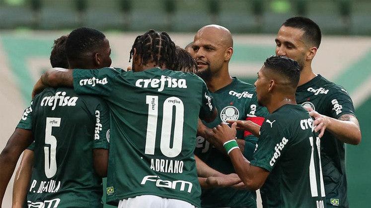 1. Um dos melhores elencos do Brasil - Com um equipe titular de dar inveja nos clubes brasileiros, o Palmeiras tem um banco recheado de bons jogadores capazes de mudar uma partida, como Breno Lopes fez na final da Libertadores.