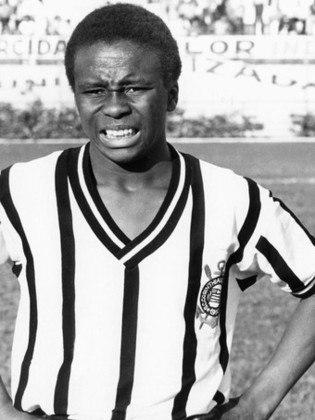 1º Wladimir - 806 jogos - Atleta que mais jogou pelo Corinthians, atuou pelo clube entre 1972 e 1985, retornando em 1987 para uma segunda e breve passagem.