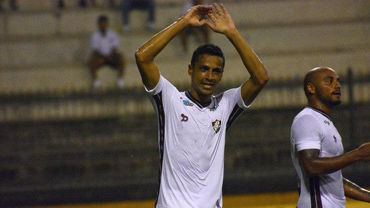 10. Cícero, três gols (2008)
