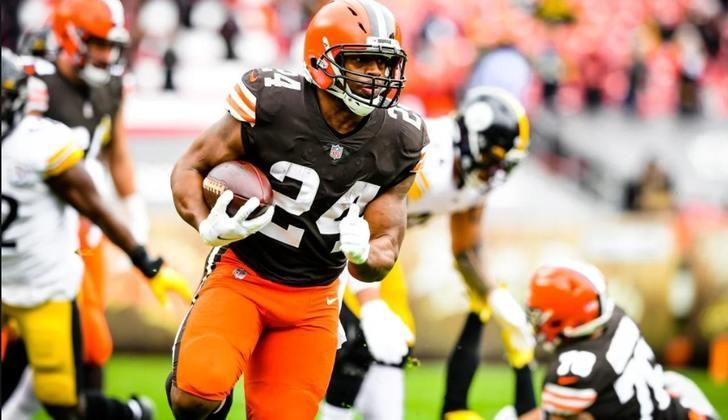 10º Cleveland Browns (11-5): Após um tenebroso inverno, os Browns voltam aos playoffs, apoiado no alicerce jogo corrido poderoso - defesa forte - quarterback eficiente.