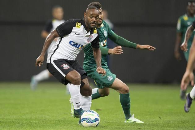 10) Corinthians 2 x 1 Coritiba - Campeonato Brasileiro de 2015: 43.688 pagantes.
