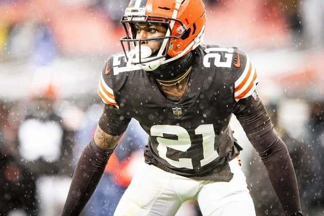 10. Denzel Ward (Cleveland Browns): Em três anos na NFL, a escolha de 1ª rodada de 2018 dos Browns vem se provando um sólido jogador na cobertura de passe, sendo de longe o melhor atleta na secundária da equipe de Ohio. O grande problema para Ward em três anos tem sido se manter saudável. Nos últimos dois anos, o jovem cornerback ficou de fora por oito partidas no total.