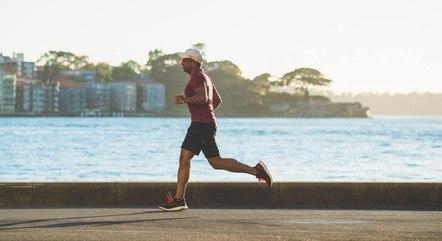 Praticar atividades físicas ajuda no combate ao estresse