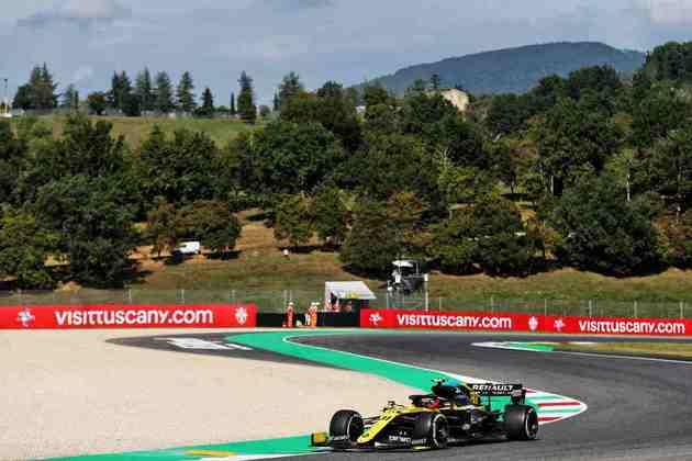 10) Esteban Ocon (Renault), 1min42s657