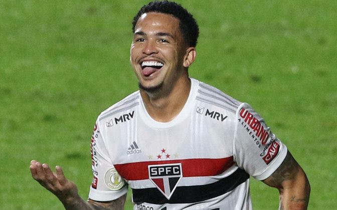 10º - LUCIANO - São Paulo (C$ 7,73) - Mais um atacante do Tricolor Paulista na lista, desta vez o principal. Em oito partidas válidas pelo Cartola, fez três gols e uma assistência, além de pontuar bem nos scouts complementares, negativado apenas uma vez no Brasileirão.