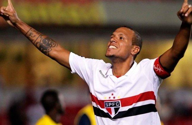 10º - Luís Fabiano (1998–2017) - 116 gols em 213 jogos (Média: 0.54).