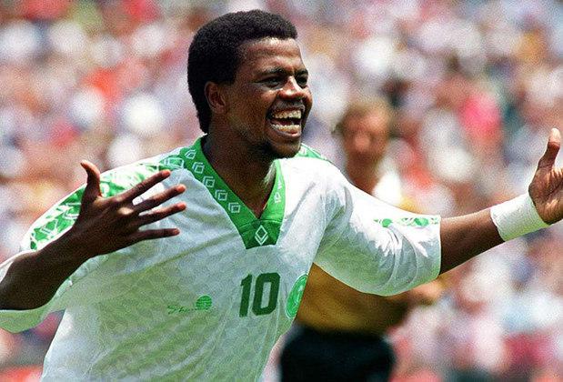 10 – Majed Abdullah - Com 71 gols em 116 jogos, o artilheiro Majed Abdullah, da seleção da Arábia Saudita, abre a lista de artilheiros. Ganhou duas Copas da Ásia e disputou a Copa do Mundo de 1994