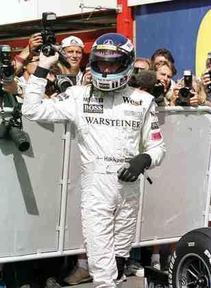 10 - Mika Hakkinen, 26 poles, a última delas com o McLaren MP4-15 no GP da Bélgica de 2000