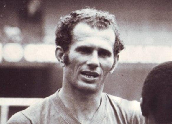 10° - Picasso: 163 jogos - O goleiro atuou pelo Tricolor entre 1967 a 1972, sendo destaque na posição.