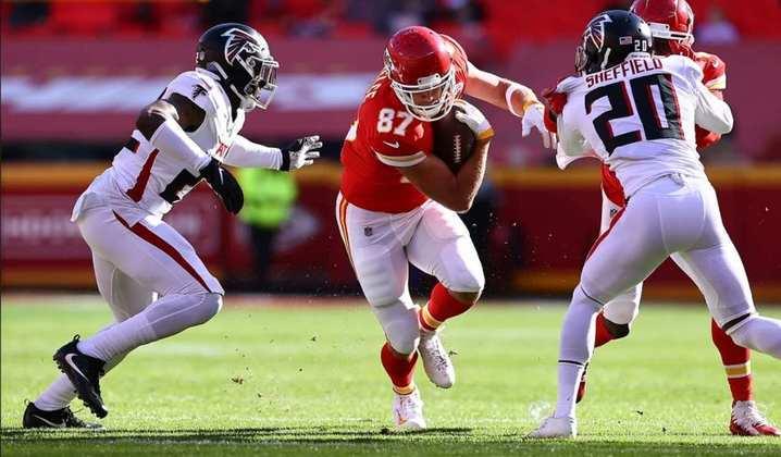 10º Travis Kelce (Kansas City Chiefs): O tight end vive ponto alto da sua carreira. Quando sai para uma rota é praticamente impossível de marcar.