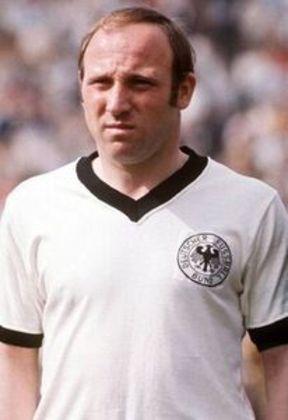 10º - Uwe Seeler – alemão - 575 gols - principal clube: Hamburgo