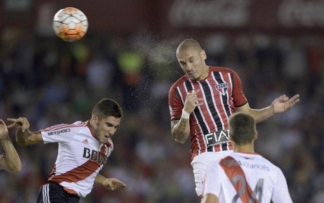 10/03/2016 – River Plate 1×1 São Paulo (Libertadores 2016) - Pela fase de grupos, as equipes se enfrentaram na Argentina. Thiago Mendes fez contra, mas Ganso empatou para o Tricolor.