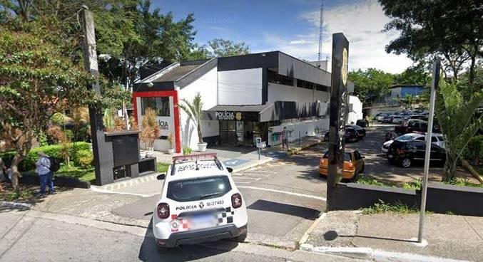 Suspeito se entregou no 101° DP (Jardim Imbuias), onde o caso foi registrado, e confessou o crime