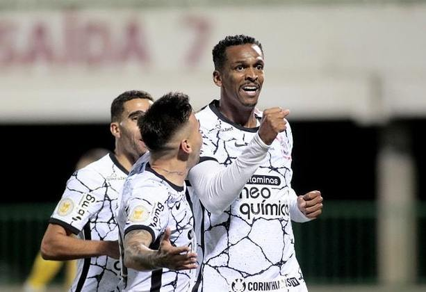 11º colocado – Corinthians (17 pontos) – 14 jogos / 0.10% de chances de título; 8.3% para vaga na Libertadores (G6); 15% de chances de rebaixamento.