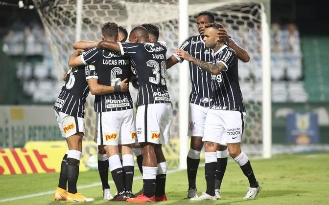 11º colocado – Corinthians (30 pontos) – 24 jogos / 0.011% de chances de título; 4% para vaga na Libertadores (G6); 6.3% de chance de rebaixamento.