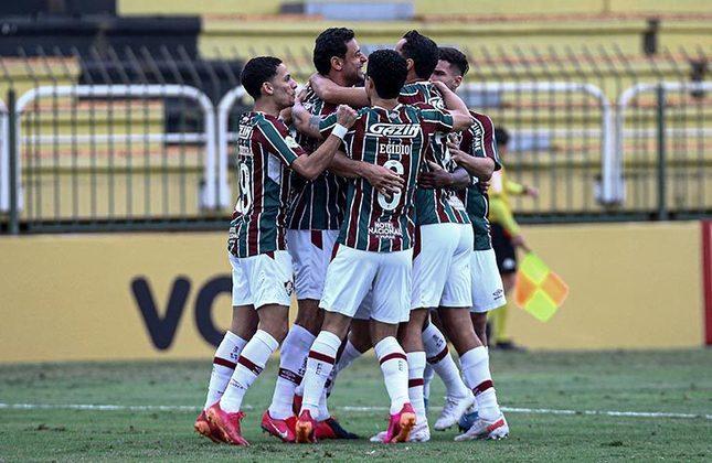 11º colocado – Fluminense (14 pontos) – 10 jogos / 8% de chances de título; 25.5% para vaga na Libertadores (G6); 8.8% de chance de rebaixamento.