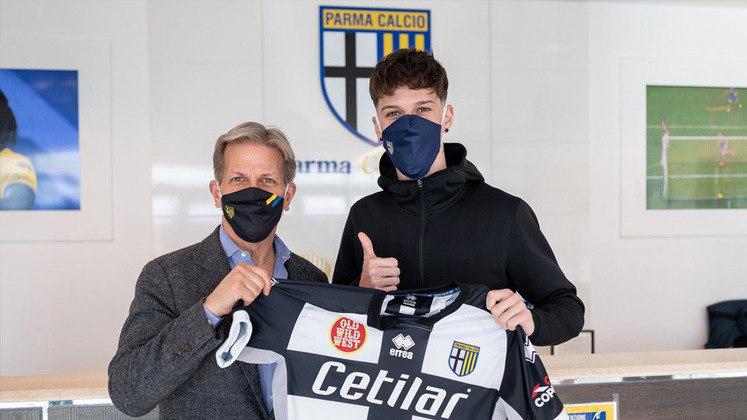 11º – Dennis Man - O Parma foi buscar o ponta, de 22 anos, no Steaua Bucareste, da Romênia, por 13 milhões de euros (R$ 85 milhões).