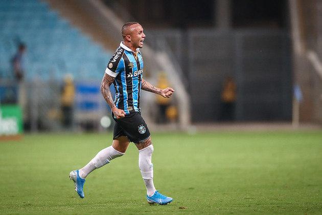 11-Éverton foi do Grêmio para o Benfica em 2020 por 20 milhões de euros.