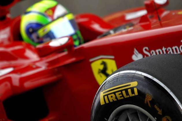 11º) Felipe Massa teve um complicado fim de semana em Istambul em 2011, assim como quase toda aquela temporada