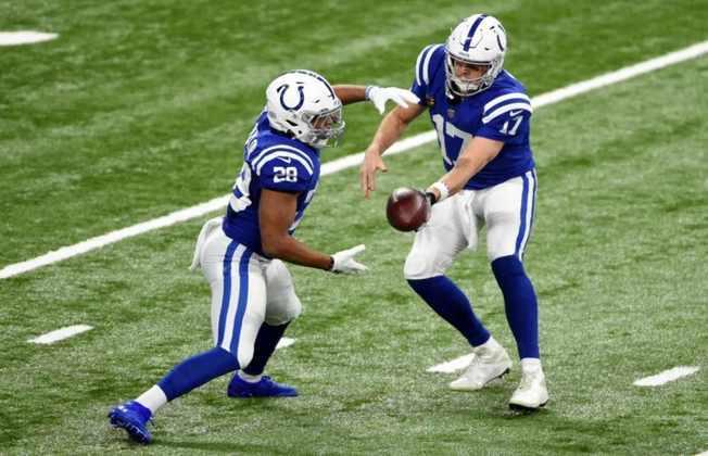 11º Indianapolis Colts (11-5): Um running back talentoso e uma defesa de elite catapultaram Indianapolis à pós-temporada.