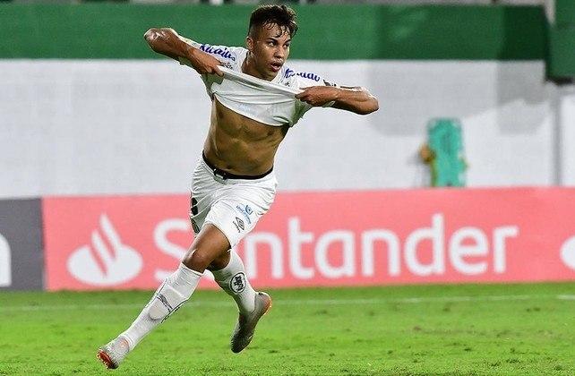 11º - Isolado na posição com quatro pontos somados, Kaio Jorge (18 anos), do Santos. Ele jogou 16 partidas e tem um gol.