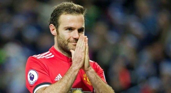 11º Juan Mata - O Manchester United contratou o espanhol ao Chelsea por  44 milhões de euros (R$ 291 milhões) em 2014