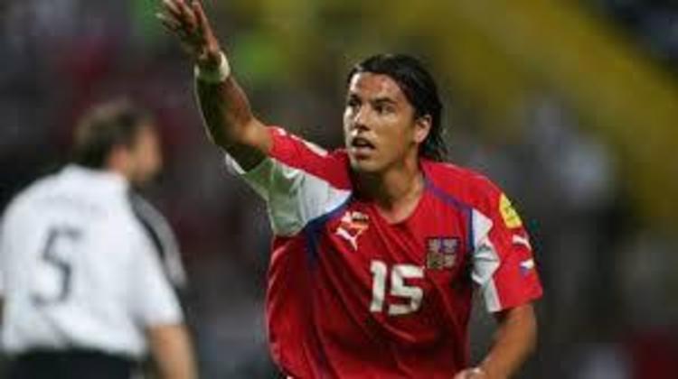 11º - Milan Baros - Tchecoslováquia - 5 gols em 10 jogos