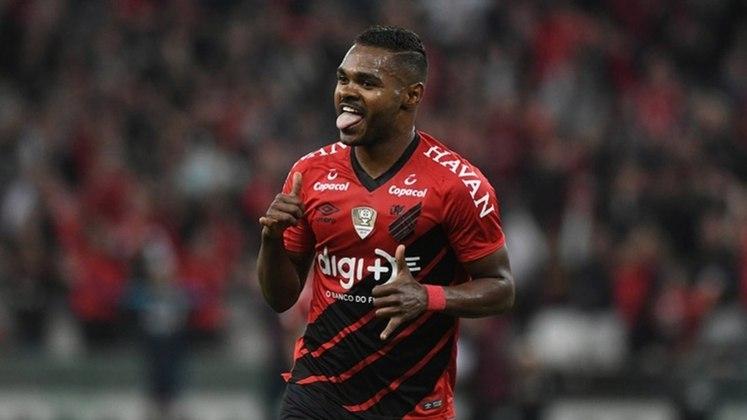 11º - Nikão - Posição: Meia - Clube: Athletico-PR - Idade: 29 anos - Valor de mercado segundo o Transfermarkt: 1,4 milhões de euros (aproximadamente R$ 8,67 milhões) - Contrato até: 31/12/2021