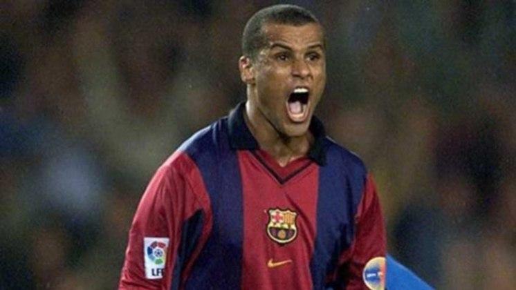 11 – Rivaldo: atuava como meio-campista e fez história no Palmeiras, Barcelona, Milan e seleção brasileira, com quem foi campeão da Copa em 2002. Foi eleito Melhor do Mundo pela Fifa em 1999