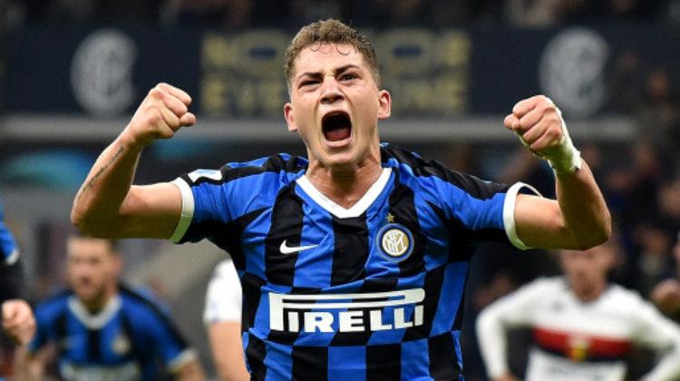 11º - Sebastian Esposito - Se tornou o jogador mais novo a disputar uma partida de competição europeia pela Inter de Milão, em março do ano passado, com apenas 16 anos. Já renovou seu contrato com a equipe de Milão por mais três temporadas.
