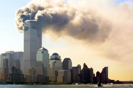 WTC em chamas no 11 de setembro de 2001