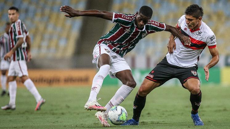 12º - Com a mesma pontuação está Luiz Henrique (19 anos), do Fluminense, que entrou em 12 oportunidades em campo, tem um gol na conta e uma assistência.