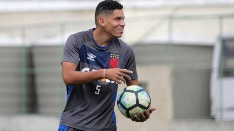 12- Em 2018, o Vasco vendeu Paulinho ao Bayer Leverkusen por 18,5 milhões de euros
