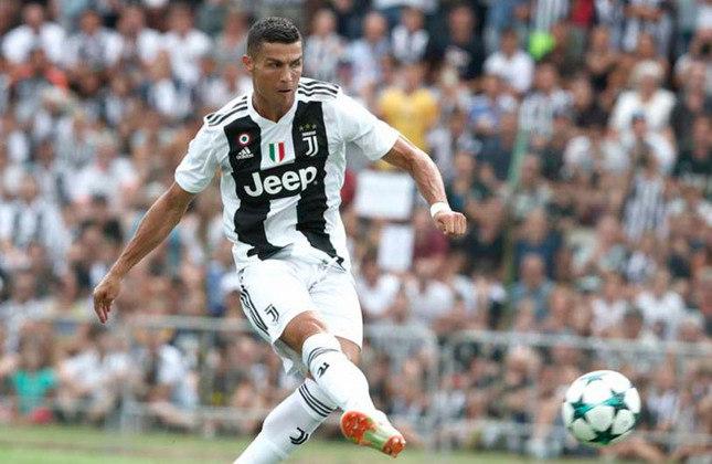 12º - Juventus - Valor do elenco segundo o Transfermarkt: 609,1 milhões de euros (aproximadamente R$ 3,73 bilhões)