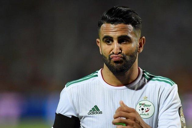 12 - RIYAD MAHREZ - O Leicester pagou R$ 3 milhões em 2014, mas vendeu por R$ 429 milhões ao Manchester City: lucro de R$ 426 milhões
