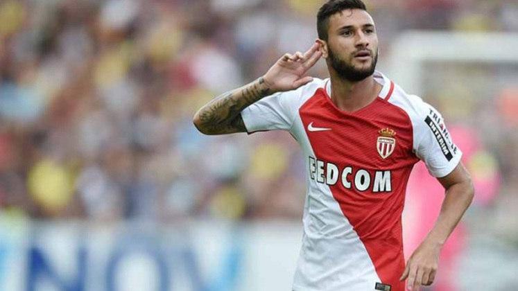 13º - Boschilia - O meia revelado em Cotia foi vendido ao Mônaco, da França, na temporada 2015/16. Segundo o Transfermarket, a negociação girou em torno de 9,06 milhões de euros (cerca de 58,6 milhões de reais)