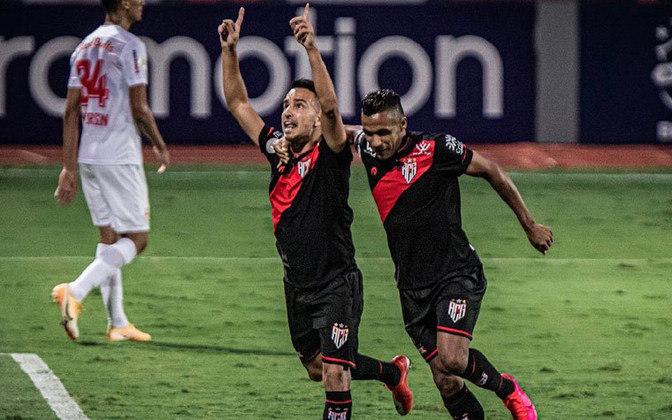 13º colocado – Atlético-GO (23 pontos) – 0.066% de chance de título; 4% para vaga na Libertadores (G6); 25,6% de chance de rebaixamento.