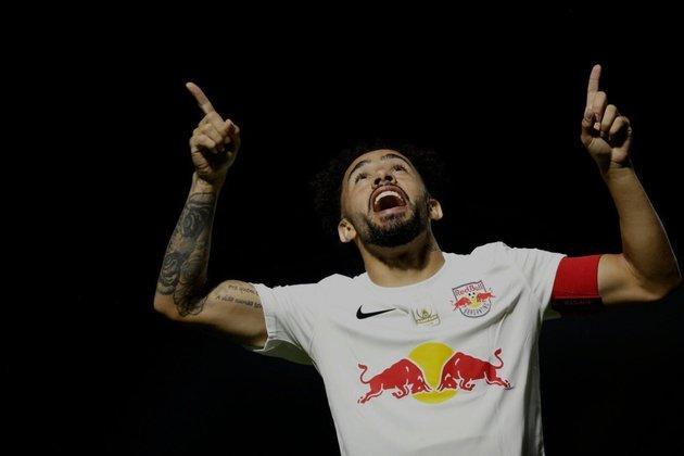 13º colocado – Bragantino (44 pontos/33 jogos): 0.0% de chances de ser campeão; 1.8% de chances de Libertadores (G6); 0.001% e chances de rebaixamento.