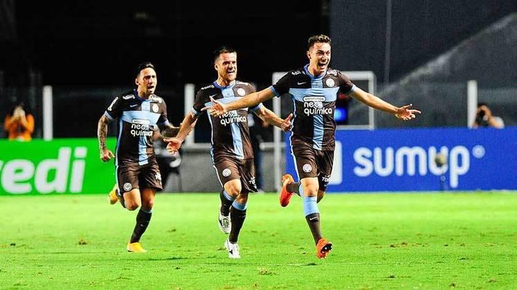 13º - Corinthians: 7 vitórias, 5 empates e 1 derrota em 13 jogos / 66,6% de aproveitamento