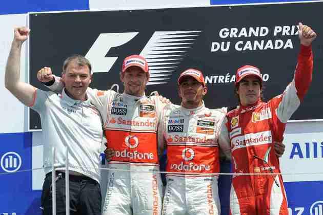 13 - Em uma corrida cheia de alternativas, Lewis Hamilton venceu o GP do Canadá de 2010, a 13ª conquista na carreira