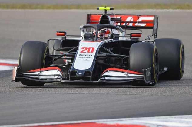 13º - Kevin Magnussen (Haas) - 3.86 - Chegou a sonhar com pontos, mas foi ofuscado no final por estratégia ruim