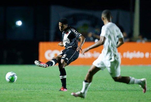 13º - Também na 13ª colocação, o zagueiro Miranda (20 anos), do Vasco. Ele jogou em 14 oportunidades, dez como titular.