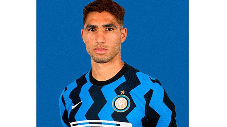 14- ACHRAF HAKIMI – O lateral-direito foi contratado pela Inter de Milão por 40 milhões de euros (por volta de R$ 250 milhões). O marroquino pertencia ao Real Madrid, mas atuou pelo Borussia Dortmund na última temporada, por empréstimo.