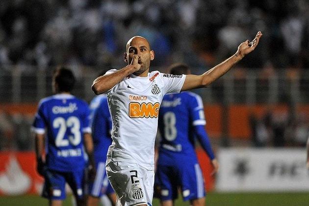 14. Bruno Rodrigo: Defendeu o Santos até o fim de 2012. Após isso, transferiu-se ao Cruzeiro, onde jogou até o fim de 2016. Em 2017, atuou pelo Grêmio, onde encerou a carreira no final daquela temporada.