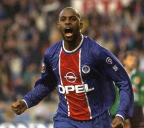 14º - Christian - 1 gol a cada 154 minutos em campo - 5 gols em 772 minutos - Times: PSG